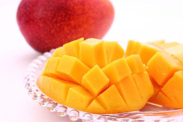 マンゴーの食べやすい切り方は?種の周りはどうする?種の向きを知る簡単な方法を調査